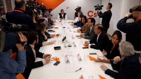 Los críticos de Cs abren el debate para exigir el fin de un modelo cesarista