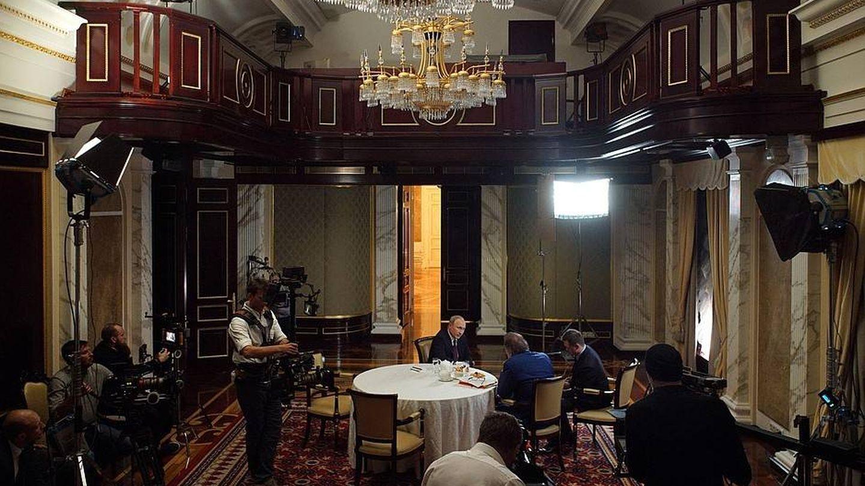 Otro instante de la entrevista. (Kremlin)