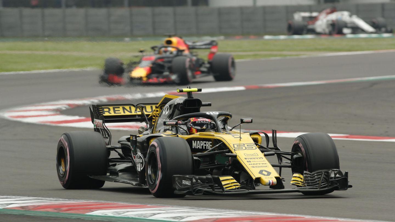 Carlos Sainz durante la clasificación del GP de México. (EFE)