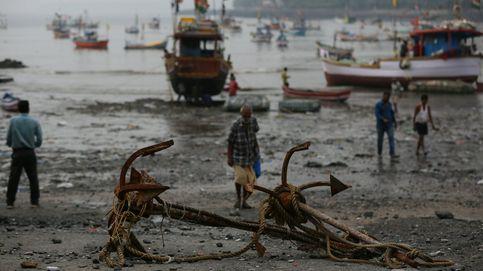 Día soleado en Tel Aviv y 17 muertos en India por el ciclón Ockhi: el día en fotos