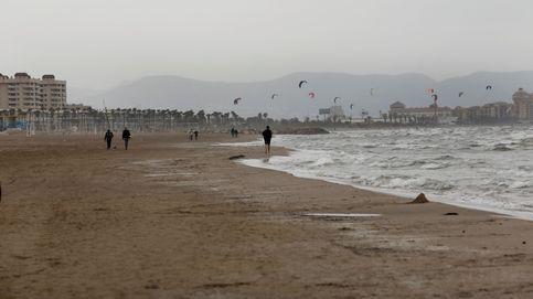 Dos detenidos por una agresión sexual de madrugada en una playa de Valencia