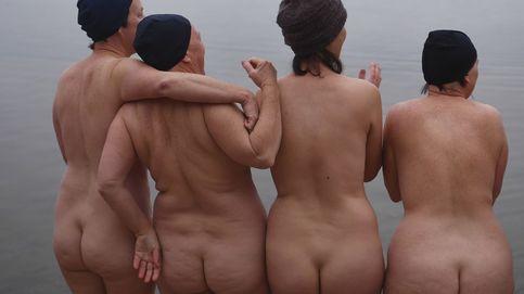 Estar desnudo frente a otros mejora la autoestima (y reduce la ansiedad física)