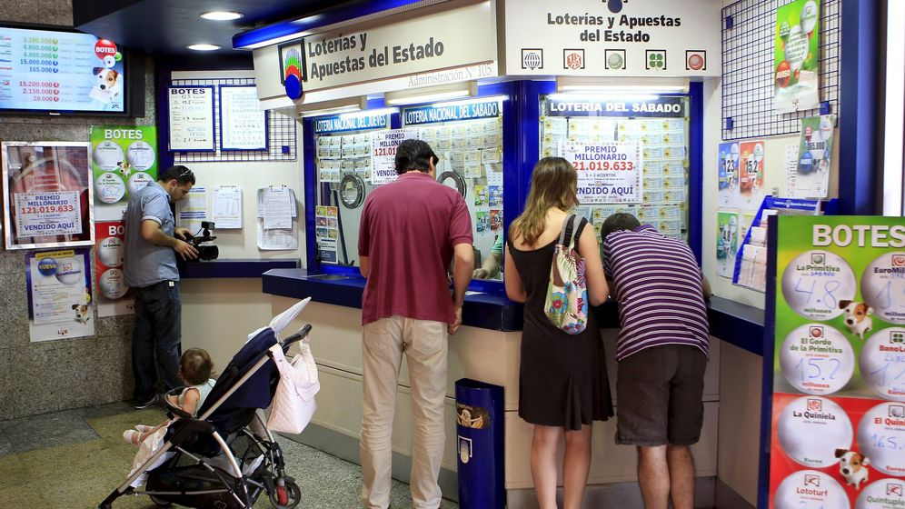 Foto: Una administración de lotería (EFE)