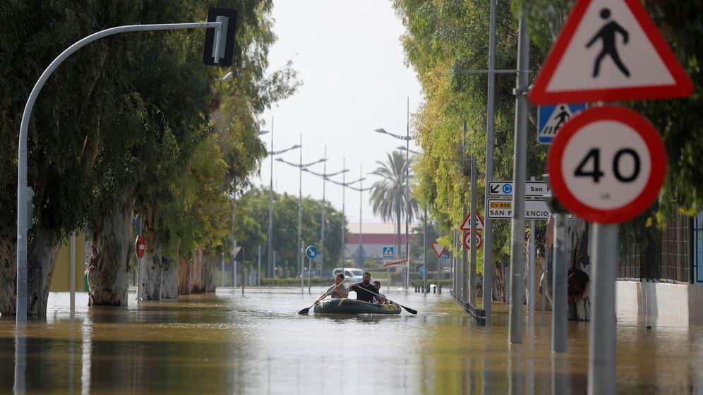 Foto: La localidad de Dolores tras el paso de la riada. (Reuters)