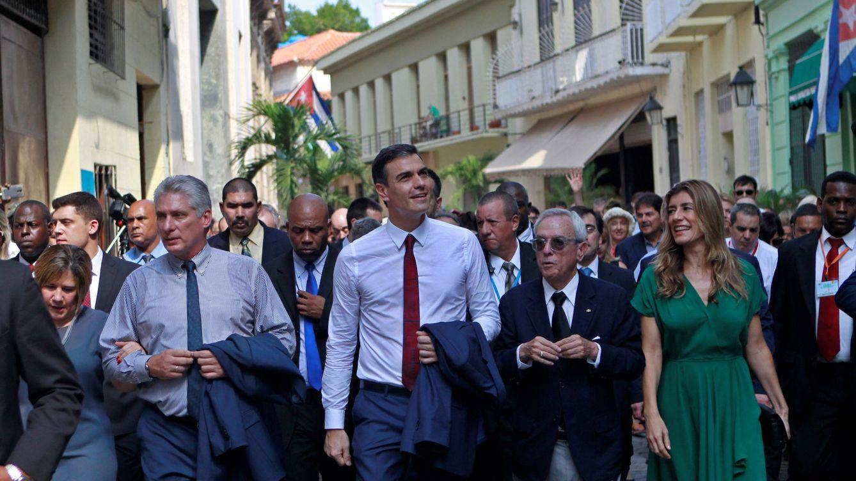 Sánchez se muestra complaciente con Cuba y ata proyectos para empresas españolas