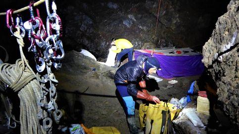 La vida a 1.000 metros de profundidad: frío, gusanos, escarabajos y agua congelada