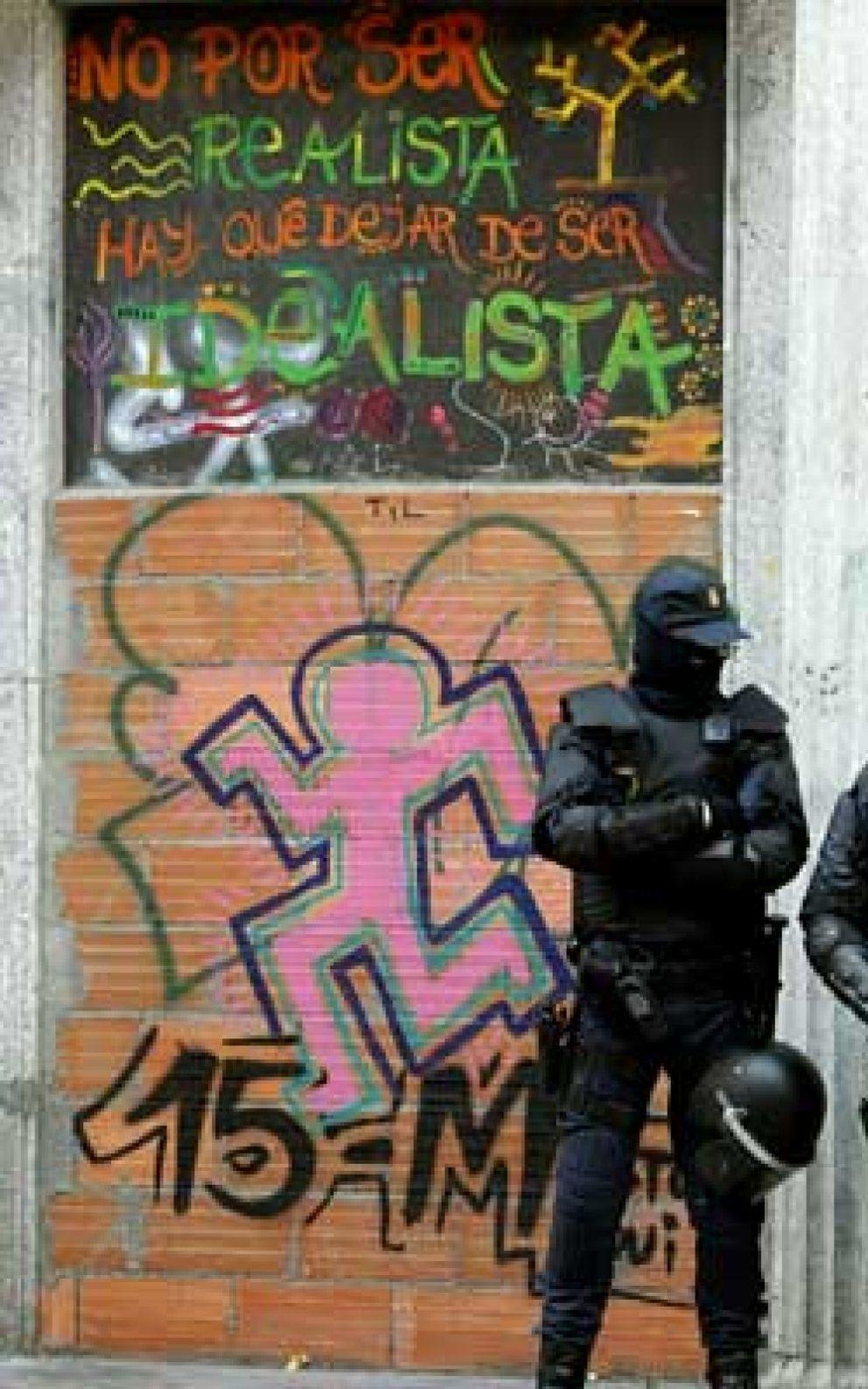 Foto: La Policía desaloja el 'okupado' Hotel Madrid