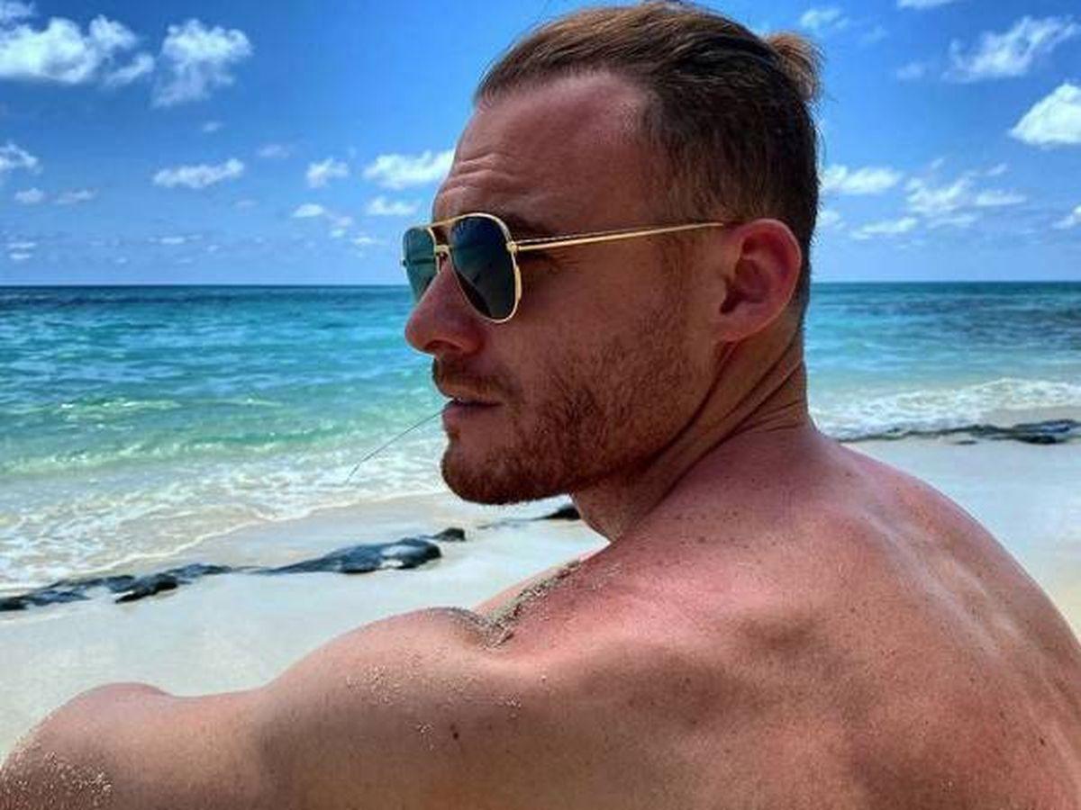 Foto:  Kerem Bürsin, en Maldivas. (Instagram @thebursin)