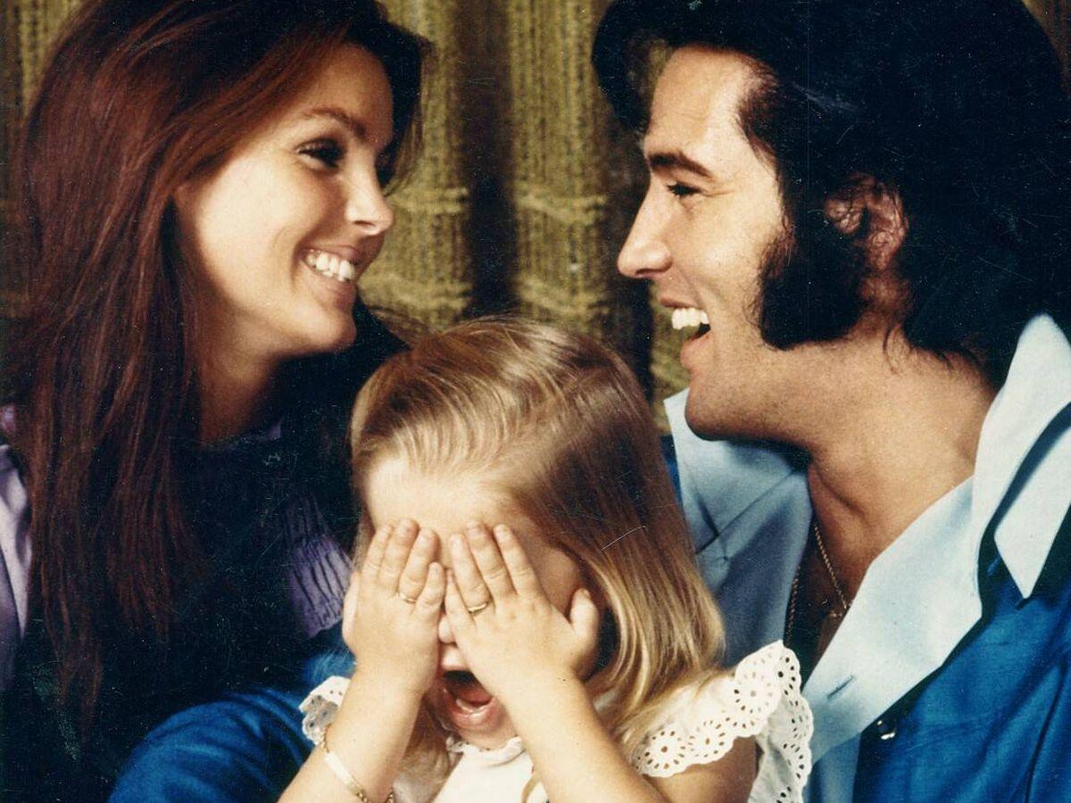 Foto: Elvis y Priscilla con su hija, en una imagen de archivo. (AL)