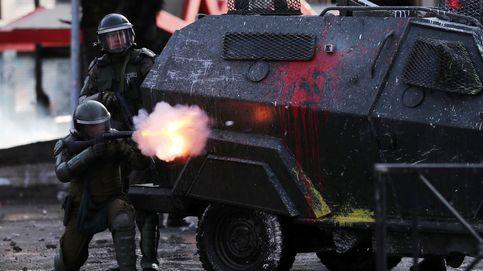 Piñera pide perdón y anuncia reformas, pero mantiene al Ejército en la calle