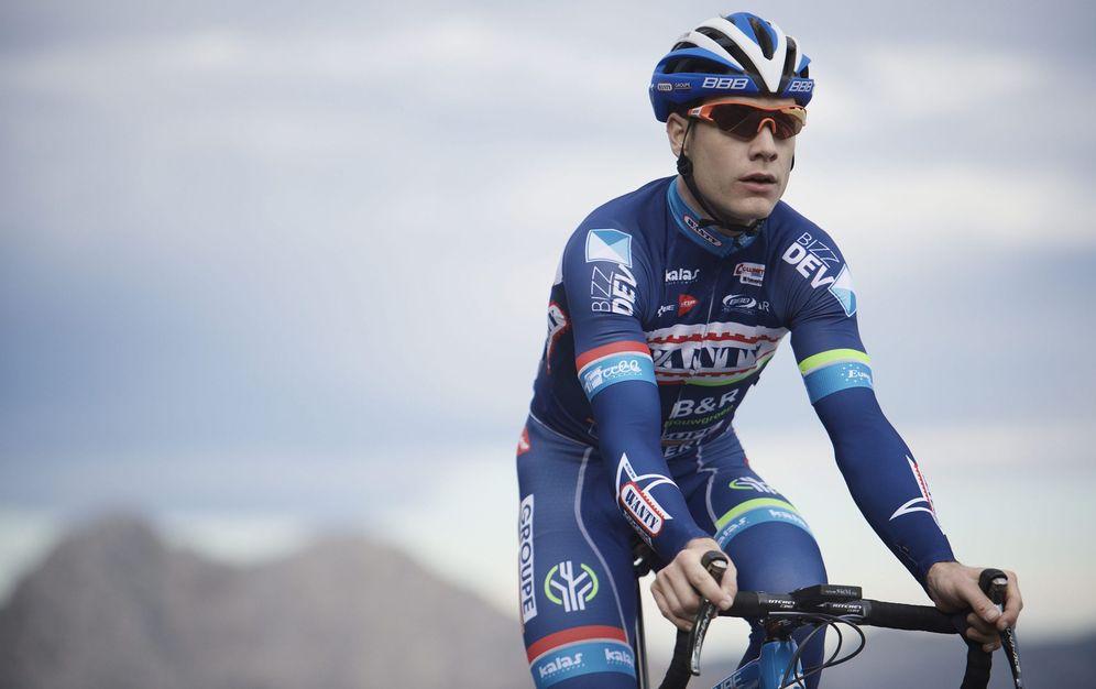 Foto: En la imagen, Antoine Demoitié, fallecido tras ser atropellado por una moto en la Gante-Wevelgem (EFE)