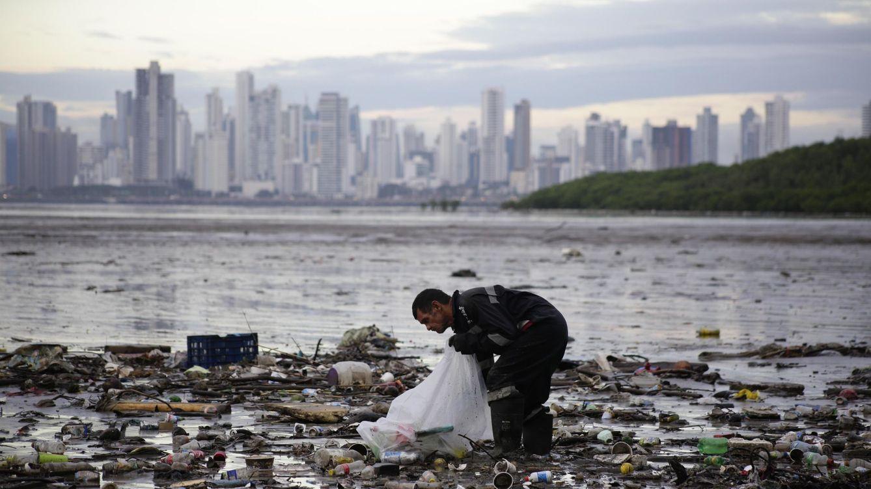 Una operación contra la contaminación marina global detecta 1.600 violaciones de ley
