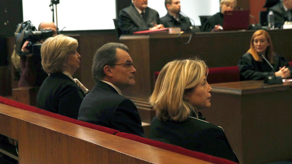 Las imágenes del juicio a Artur Mas, Joana Ortega e Irene Rigau por la consulta del 9-N