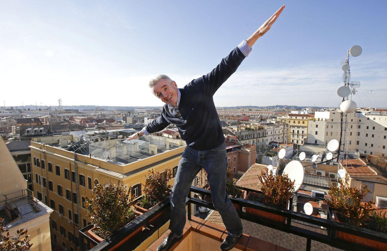 Foto: Michael O'Leary montando un show en Roma. (Reuters / Max Rossi)