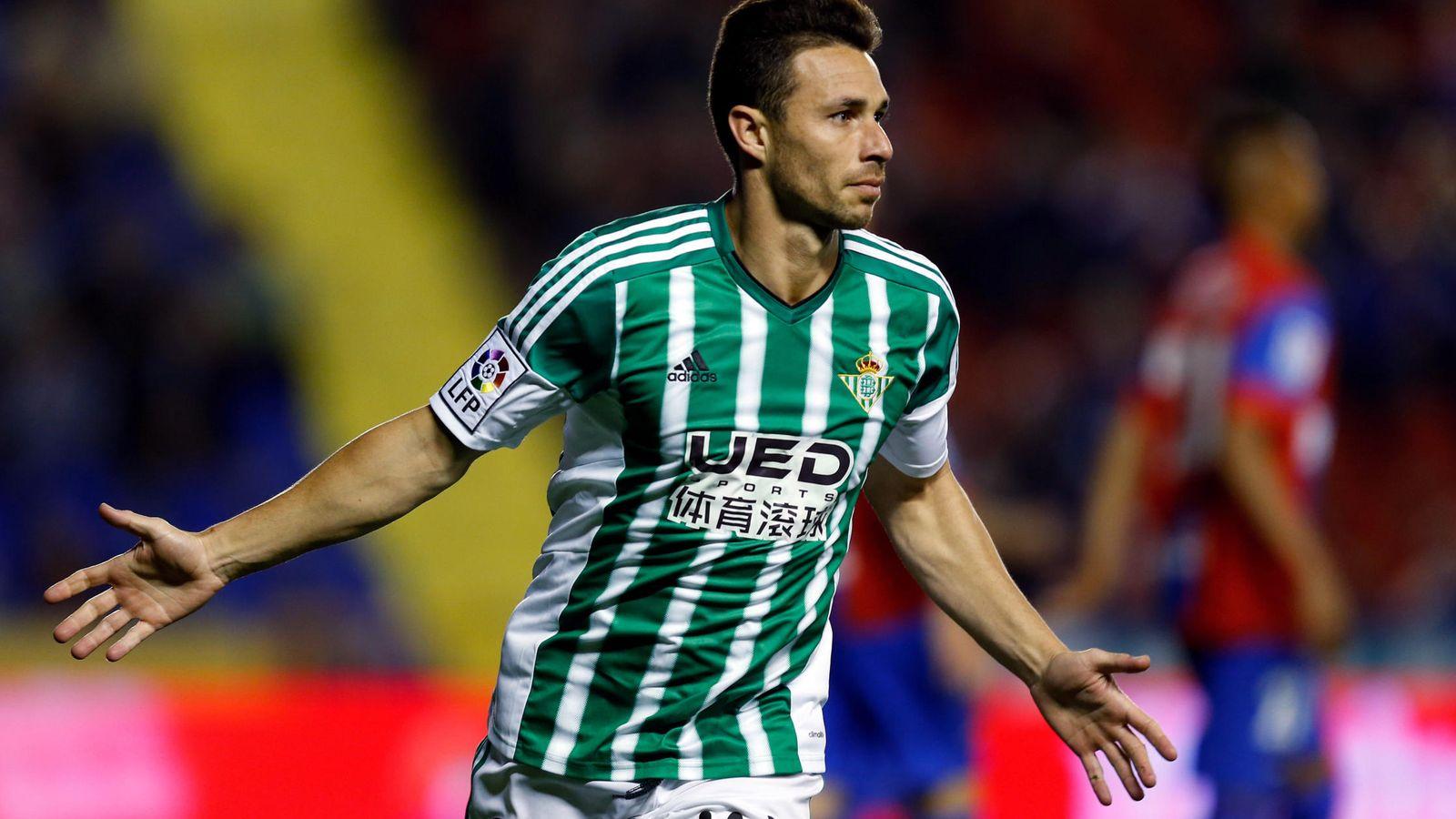 Foto: Rubén Castro ha marcado 15 goles esta temporada. (Efe)