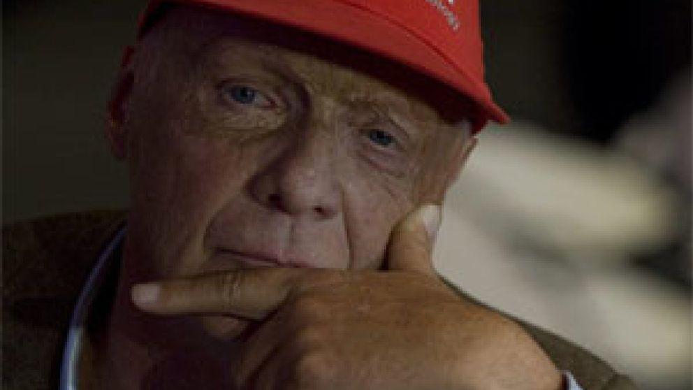 Niki Lauda, padre de mellizos a los 60