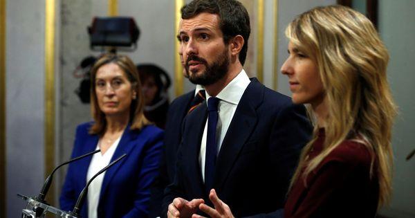 Casado sigue 'cuidando' a Cs: le presta un senador para tener grupo… y subvenciones