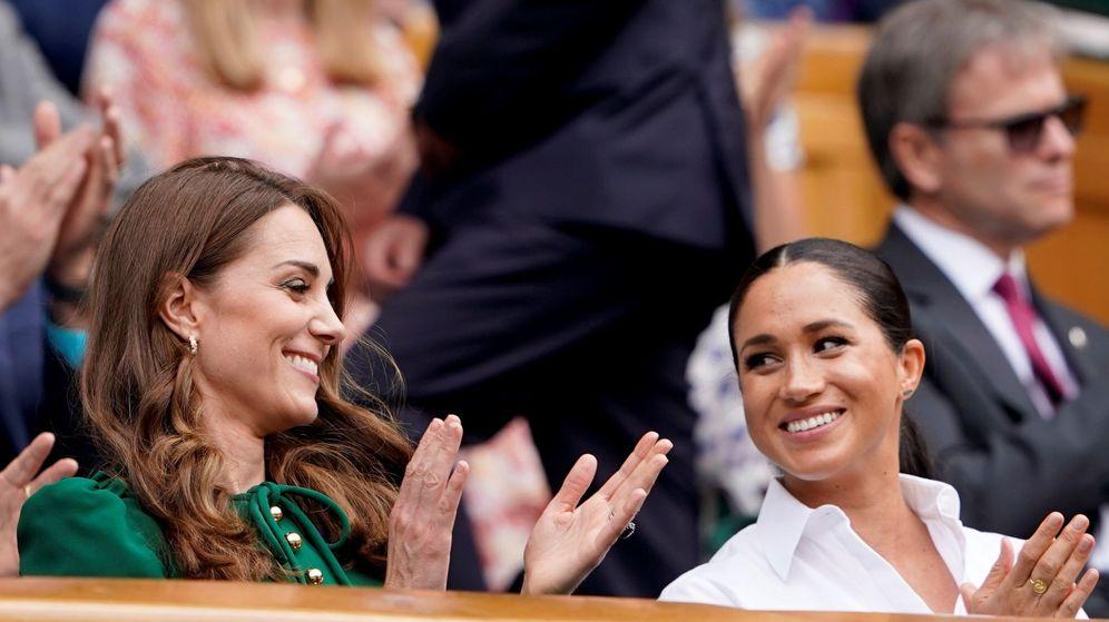 Foto: Meghan y Kate, en el último campeonato de Wimbledon. (EFE)