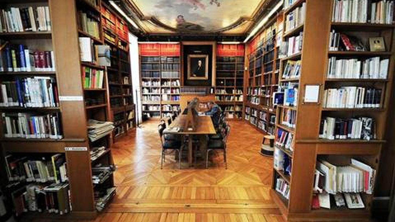 La biblioteca del Instituto Cervantes en París que enfrentó al Gobierno y PNV