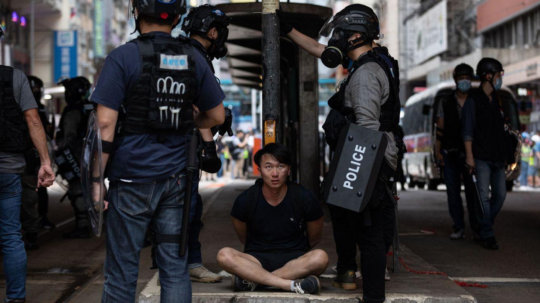 15 detenidos en Hong Kong por la ley que criminaliza los insultos al himno chino