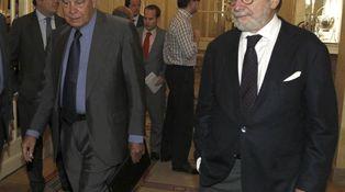 Cebrián evita preguntas incómodas para Felipe sobre Zandi y Sudán