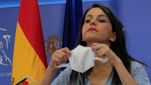 El naufragio de Ciudadanos revive al PP y lo ata a Vox