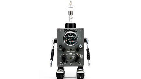 Pitarque: el genio del reciclaje que hace robots de cualquier cosa