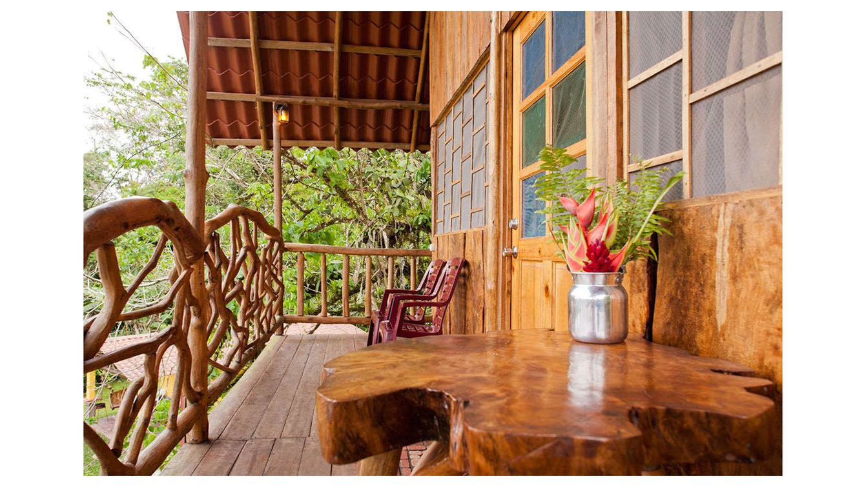 Vivienda una casa ecofriendly en el bosque el for Piani casa eco friendly