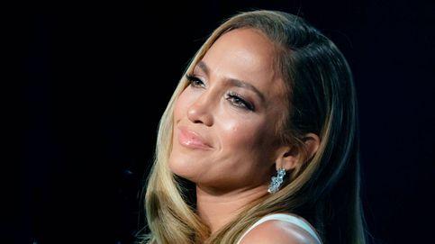 Jennifer Lopez te enseña a salir bien en un selfie a cara lavada y a los 50