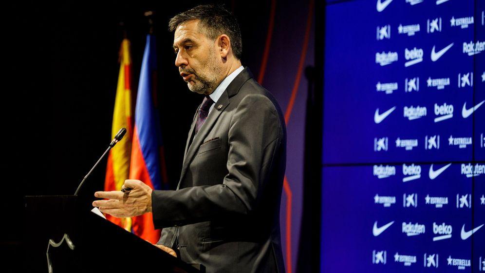 Foto: Josep María Bartomeu, en una rueda de prensa ayer (Efe)
