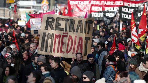 Macron reforma las pensiones en Francia pese a la creciente presión en las calles