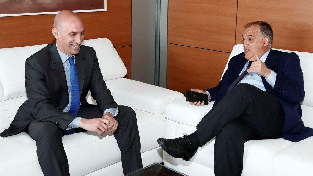 Foto: Luis Rubiales y Javier Tebas, durante una reunión. (EFE)