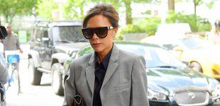 Post de Victoria Beckham y su look cool para trabajar (lo copiamos por 160 euros, abrigo incluido)