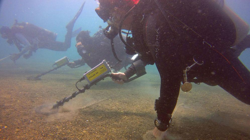 Foto: Varios expertos sondean el golfo de México en búsqueda de los navíos (EFE)
