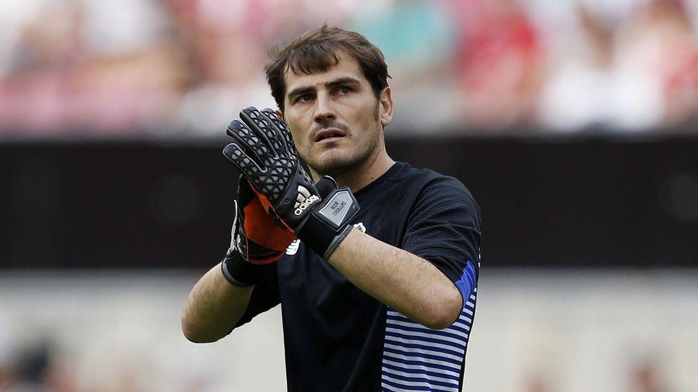 Iker Casillas aparece a última hora ante el Valencia para dar el triunfo al Oporto