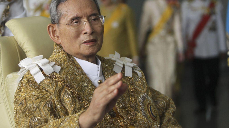 Foto: Bhumibol Adulyadej en una imagen de archivo (Efe)