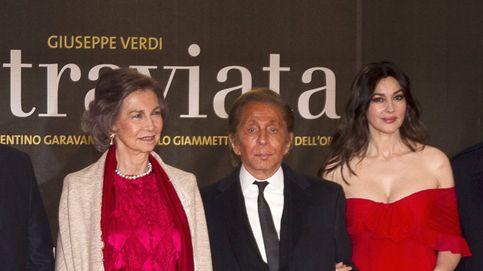 Doña Sofía y Monica Belucci, dos reinas de rojo en la ópera