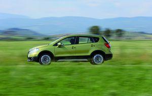 Suzuki lanza el SX4 S-Cross, un nuevo rival para el Nissan Qashqai