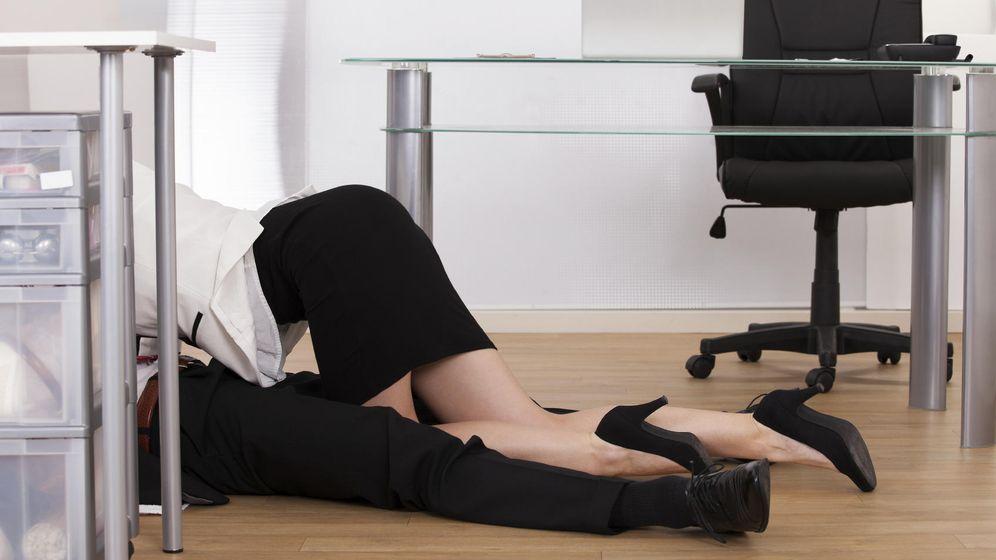 Foto: Un 'affair' en la oficina tiene su punto, pero no esperes un sexo fantástico. (iStock)
