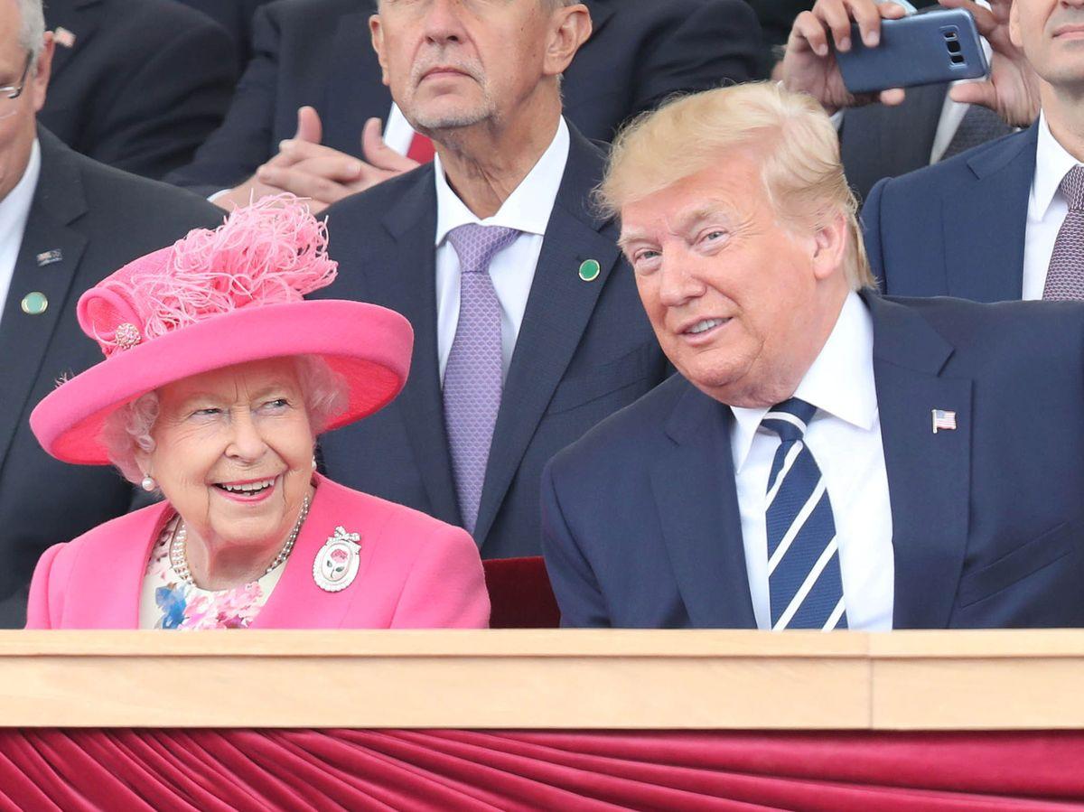 Foto: La reina Isabel y Donald Trump, en junio de 2019. (Reuters)