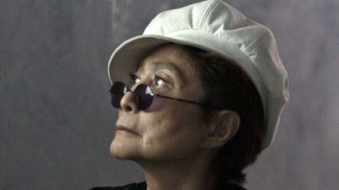 Las versiones para el preocupante estado de salud de Yoko Ono