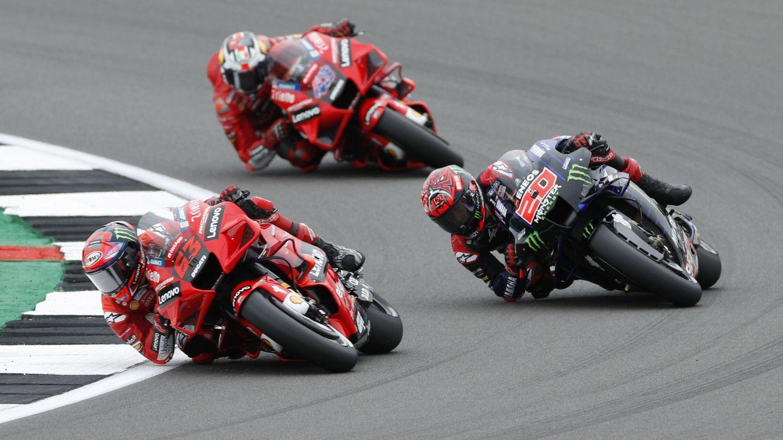 Foto: Francesco Bagnaia y Fabio Quartararo, en acción durante la carrera. (REUTERS)