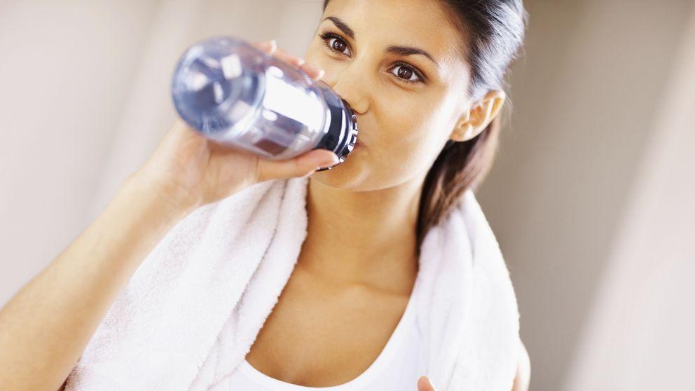 Cuidado con el agua: esta es la cantidad que deberías consumir