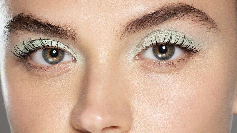 Las sombras pastel son la base del maquillaje acuarela. (Imaxtree)