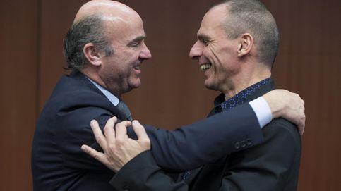 Varufakis cree que De Guindos es el mejor para presidir el Eurogrupo