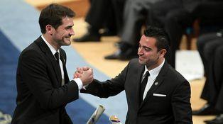 Iker Casillas y Xavi Hernández o cómo atizar al pedestal de dos ídolos del deporte