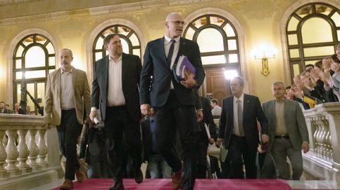 El pleno del Parlament, en directo: siga en 'streaming' la comparecencia de los exconsellers presos