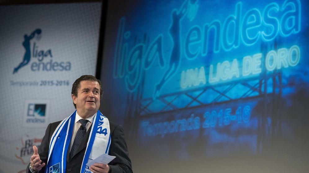 Foto: El presidente del Endesa, Borja Prado, durante la presentación de la Liga ACB 2015-2016. (EFE)