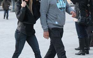 Foto: Shakira y su hermano pasean por París