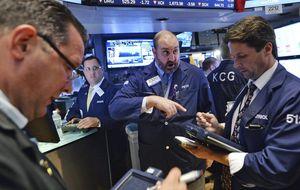 Wall Street se marca un lunes muy plano, a la espera de su cita con la Fed